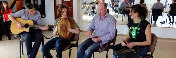 Filmare cu Rossa O'Snodaigh din trupa Kila